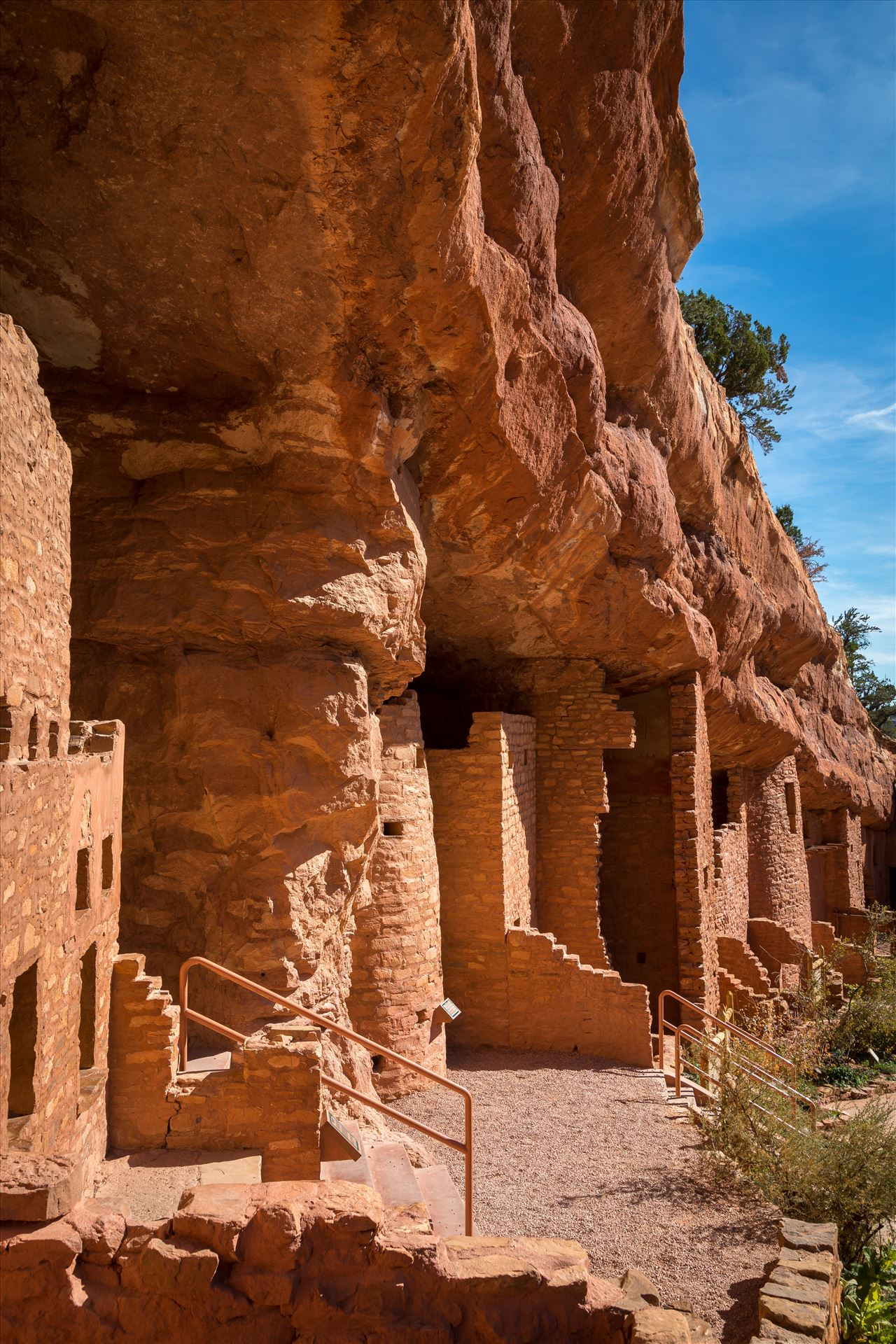 Cliff Dwellings - Manitou cliff dwellings, a few miles from Manitou, Colorado. by Scott Smith Photos