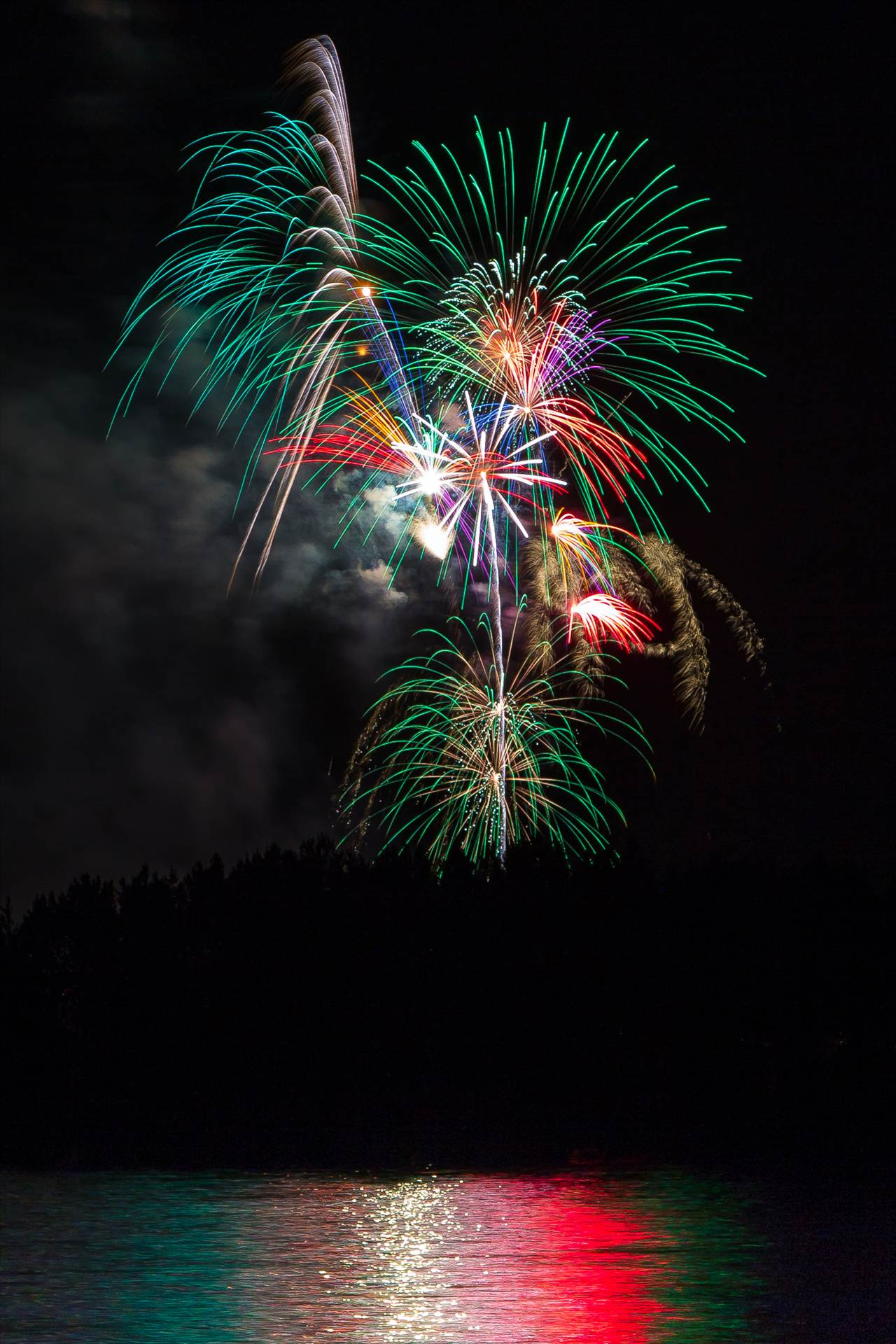 Dillon Reservoir Fireworks 2015 6 -  by Scott Smith Photos